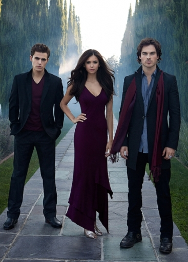 Stefan (Paul Wesley), Elena (Nina Dobrev) e Damon (Ian Somerhalder).